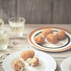 CRAB AND PRAWN CROQUETAS