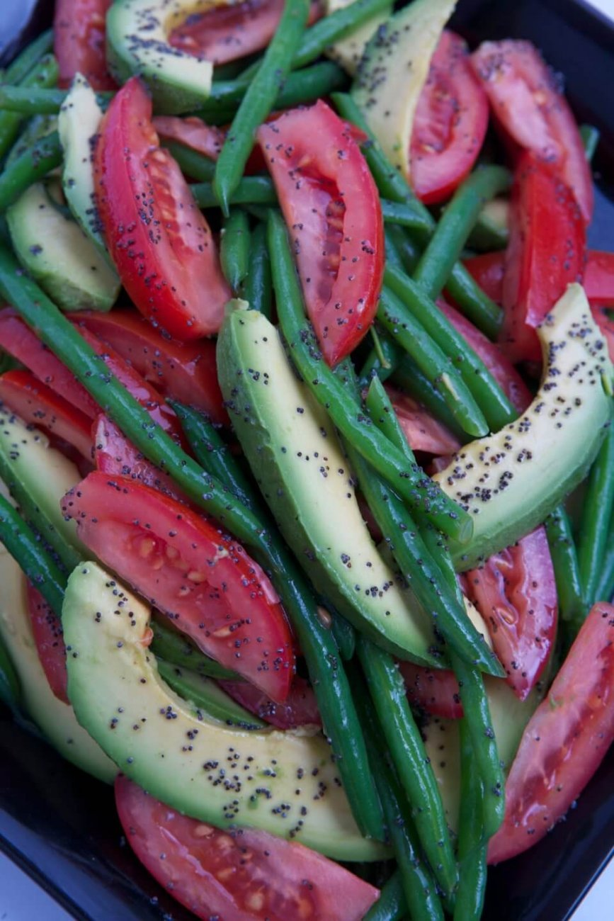 TOMATO, BEAN AND AVOCADO SALAD WITH POPPY SEED VINAIGRETTE