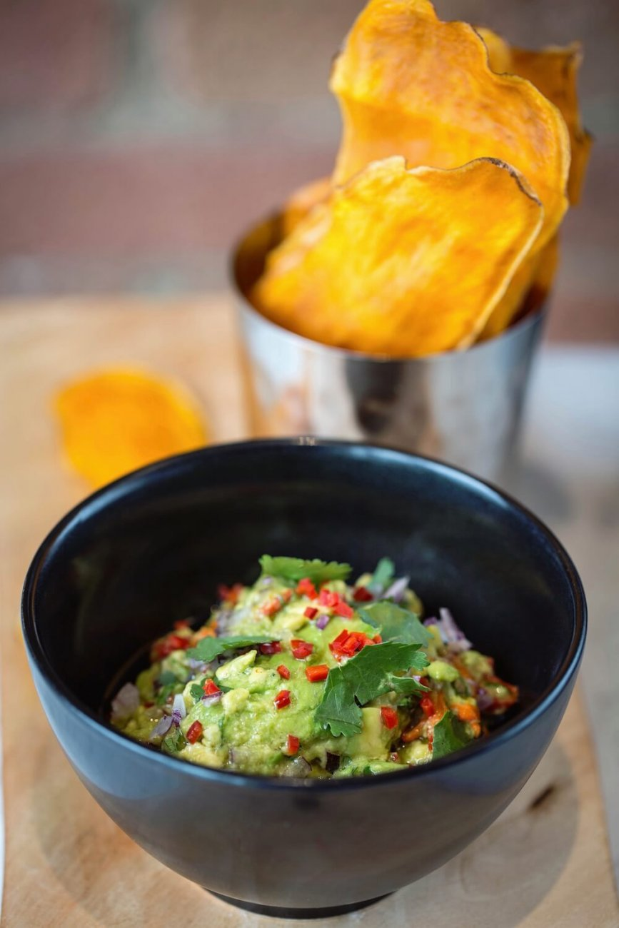 SMASHED AVOCADOS WITH SWEET POTATO CHIPS