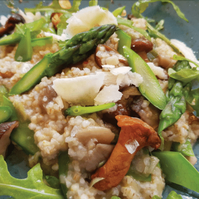 Barleycorn Risotto with Champignon Mushrooms and Sugar Snap Peas