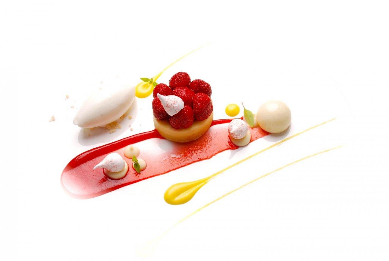 Strawberry Cheesecake Recipe With Yuzu Ice Cream
