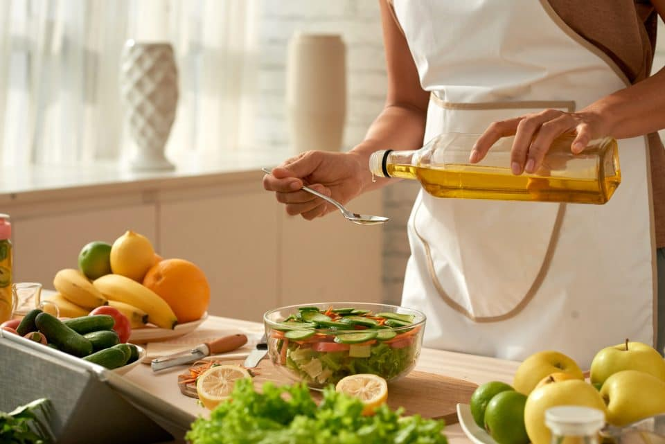Olive oil on food
