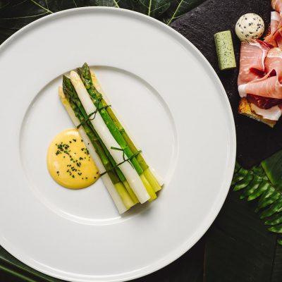 Asparagus, Hollandaise Sauce & Focaccia
