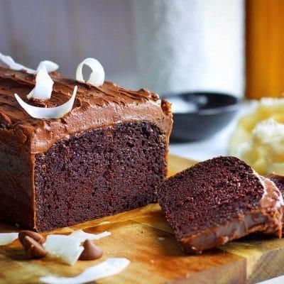 Rich Chocolate Cake with Milk Chocolate Ganache