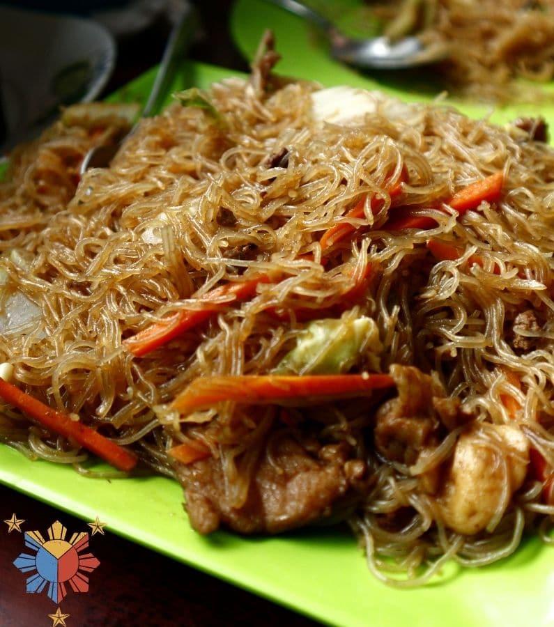 Bihon Pancit (Filipino Fried Rice Noodles)