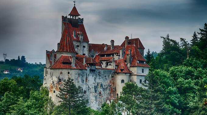 Bran Castle; Photo credit: http://www.castelulbran.ro/