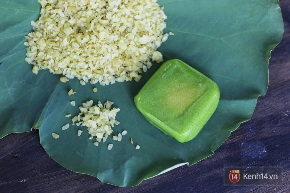 Green Sticky Rice Cake