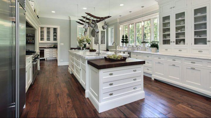 White kitchen cabin