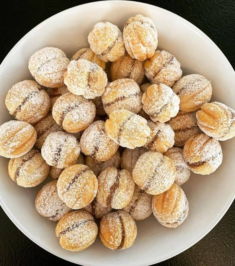Stuffed Nuts/Nuci umplute