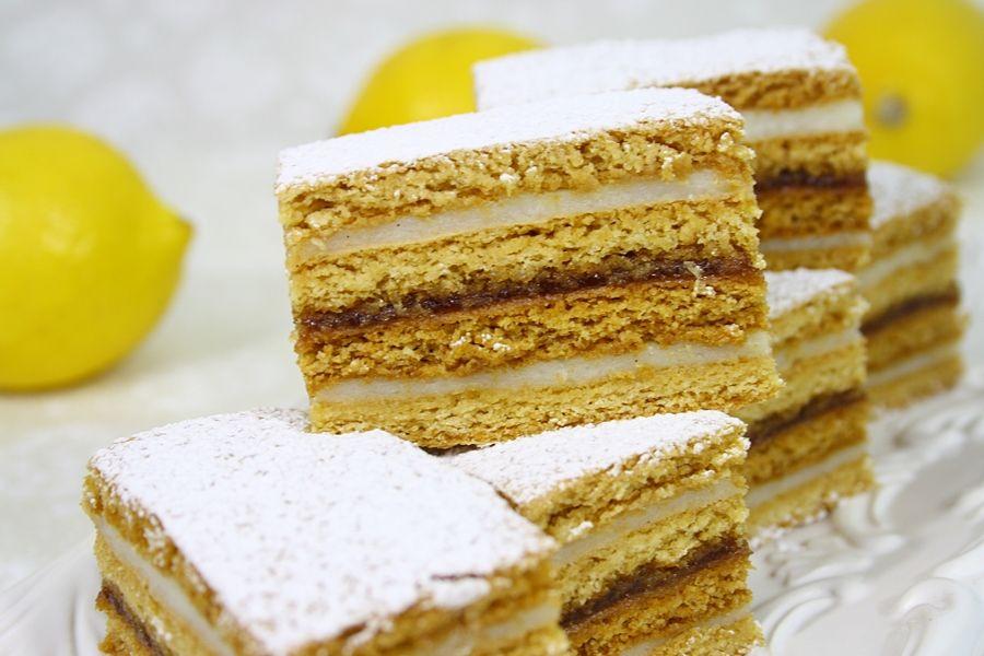 Prajitura cu foi de miere (Honey cake)