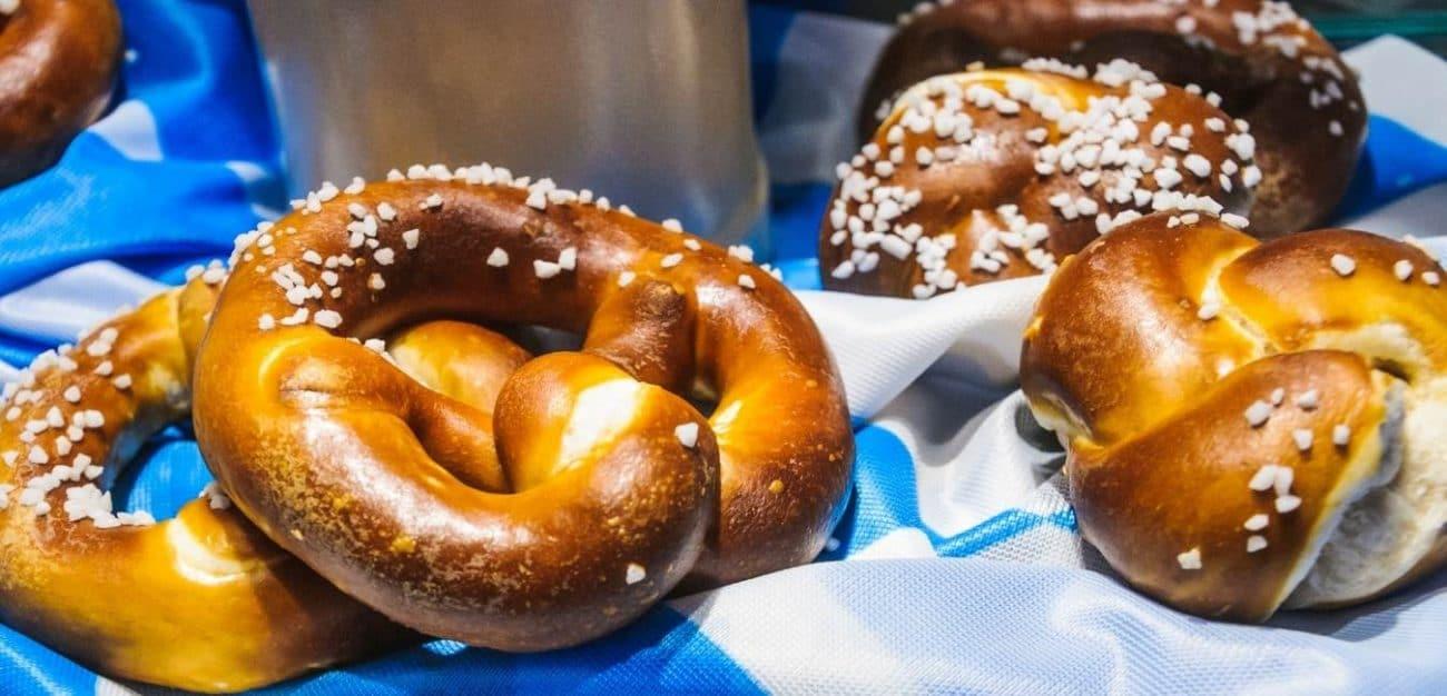 Pretzel Bread (Laugenbroetchen)