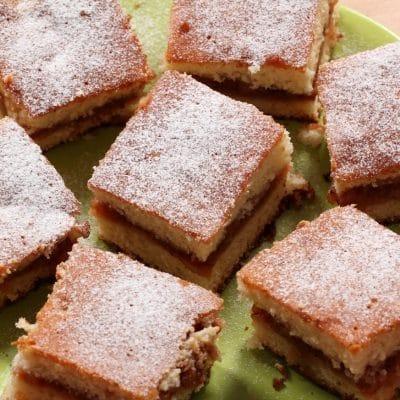 Romanian Apple cake
