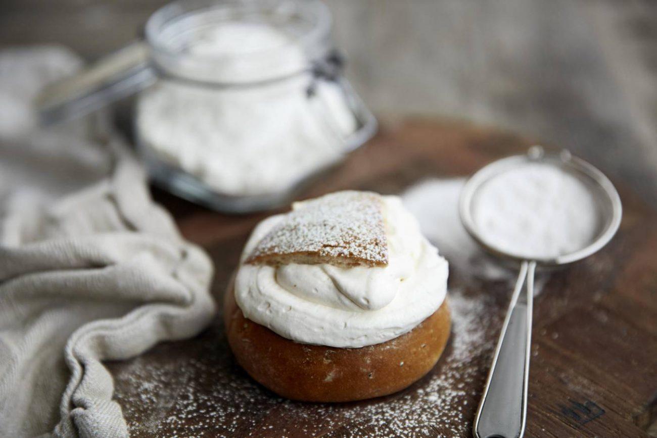 Traditional Swedish Semla Recipe (Fat Tuesday-Buns)