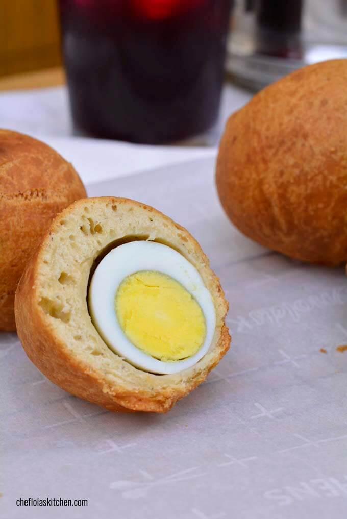 Nigerian Egg rolls; Photo credit: https://cheflolaskitchen.com