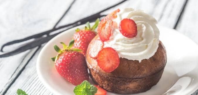 Romanian Savarin Cake/Baba au Rhum (Savarina)